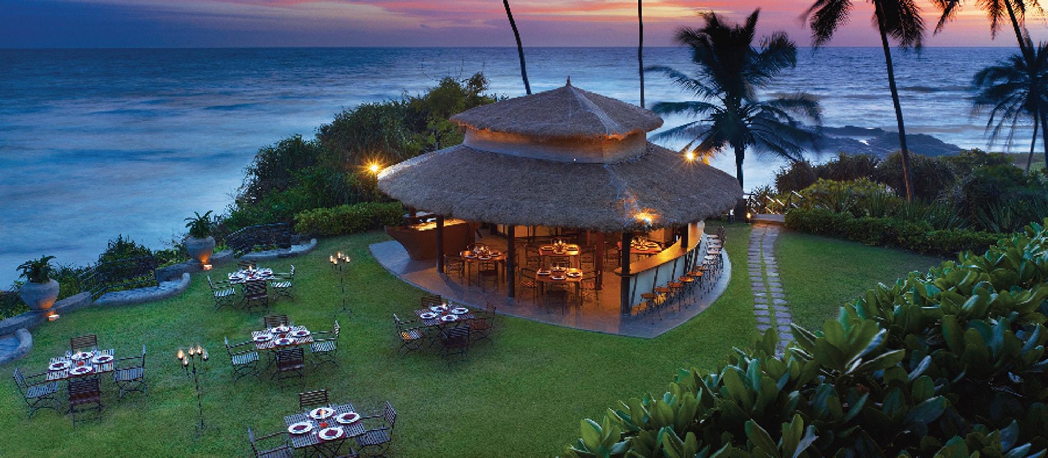 luxury five star beach spa resort in sri lanka vivanta. Black Bedroom Furniture Sets. Home Design Ideas